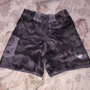 OLD NAVY size XS scull board shorts CAMO $19 new